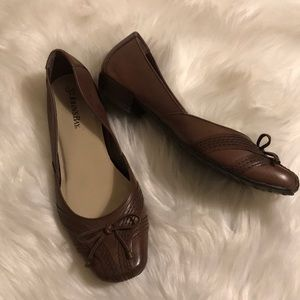 St. John's bay brown shoes size 6.5
